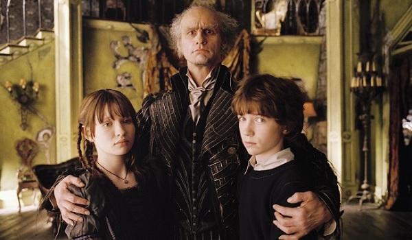 A Series of Unfortunate Events Jim Carrey Emily Browning Liam Aiken family portrait