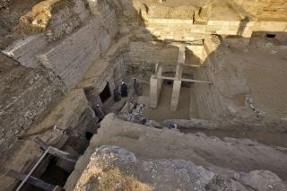 burial of ancient Egyptian princess south of Cairo