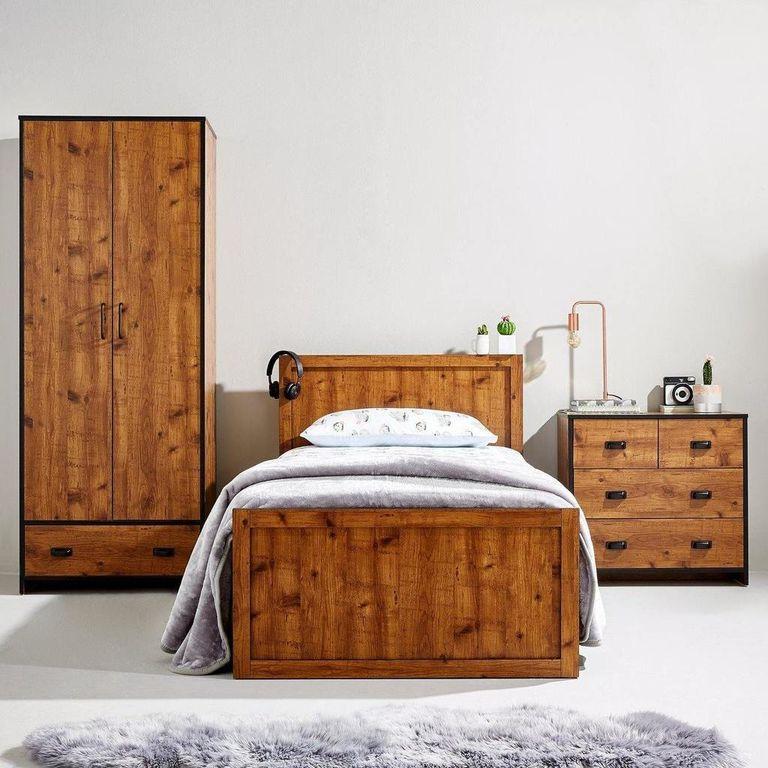 Very Black Friday: Jackson Kids bedroom furniture displayed in bedroom