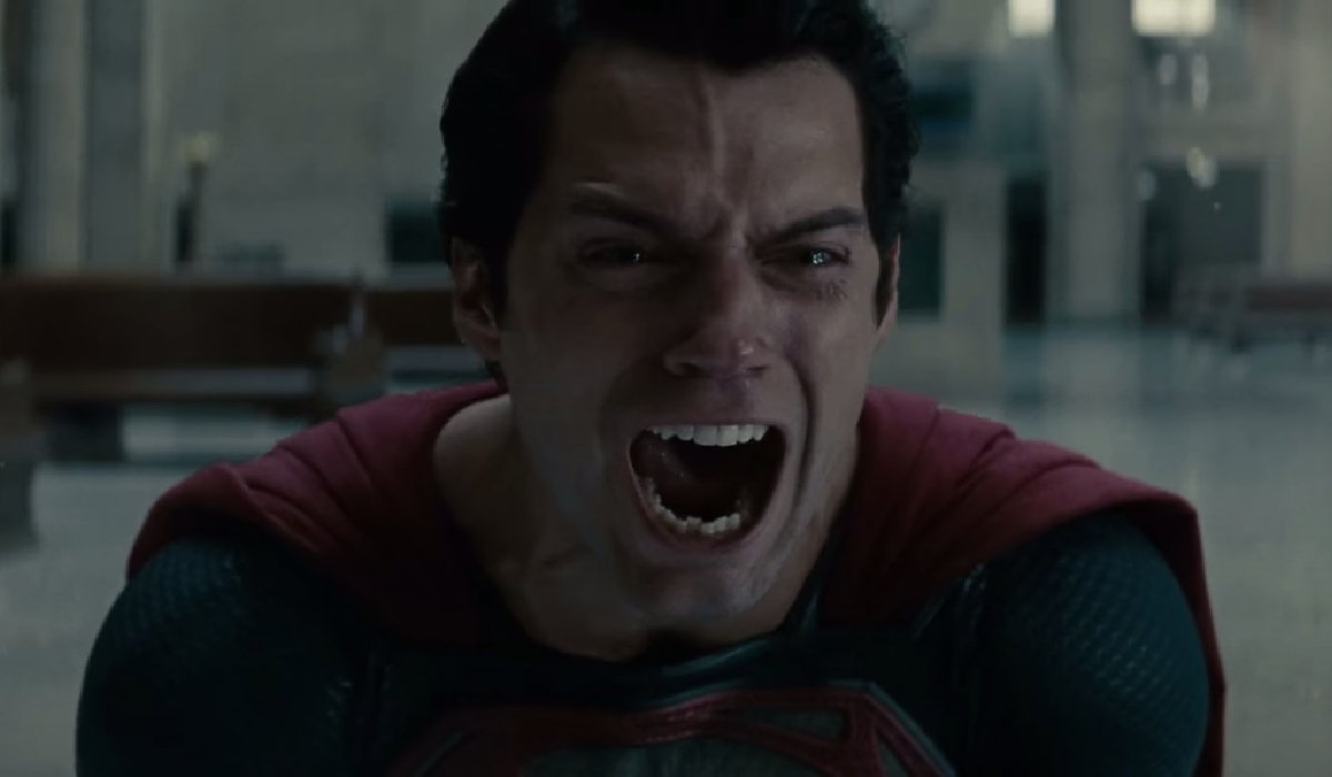 Man of Steel Superman anguished at the death of Zod
