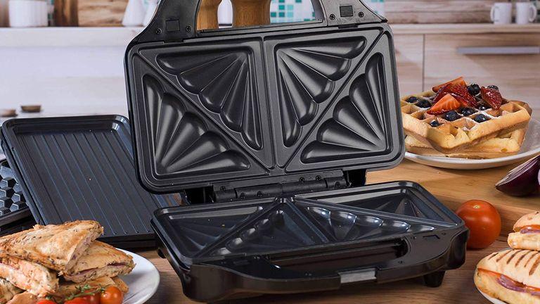 Salter EK2143 Deep Fill 3-in-1 Snack Maker toastie maker