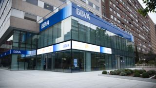 BBVA Flagship Features Spain's Largest LED Display