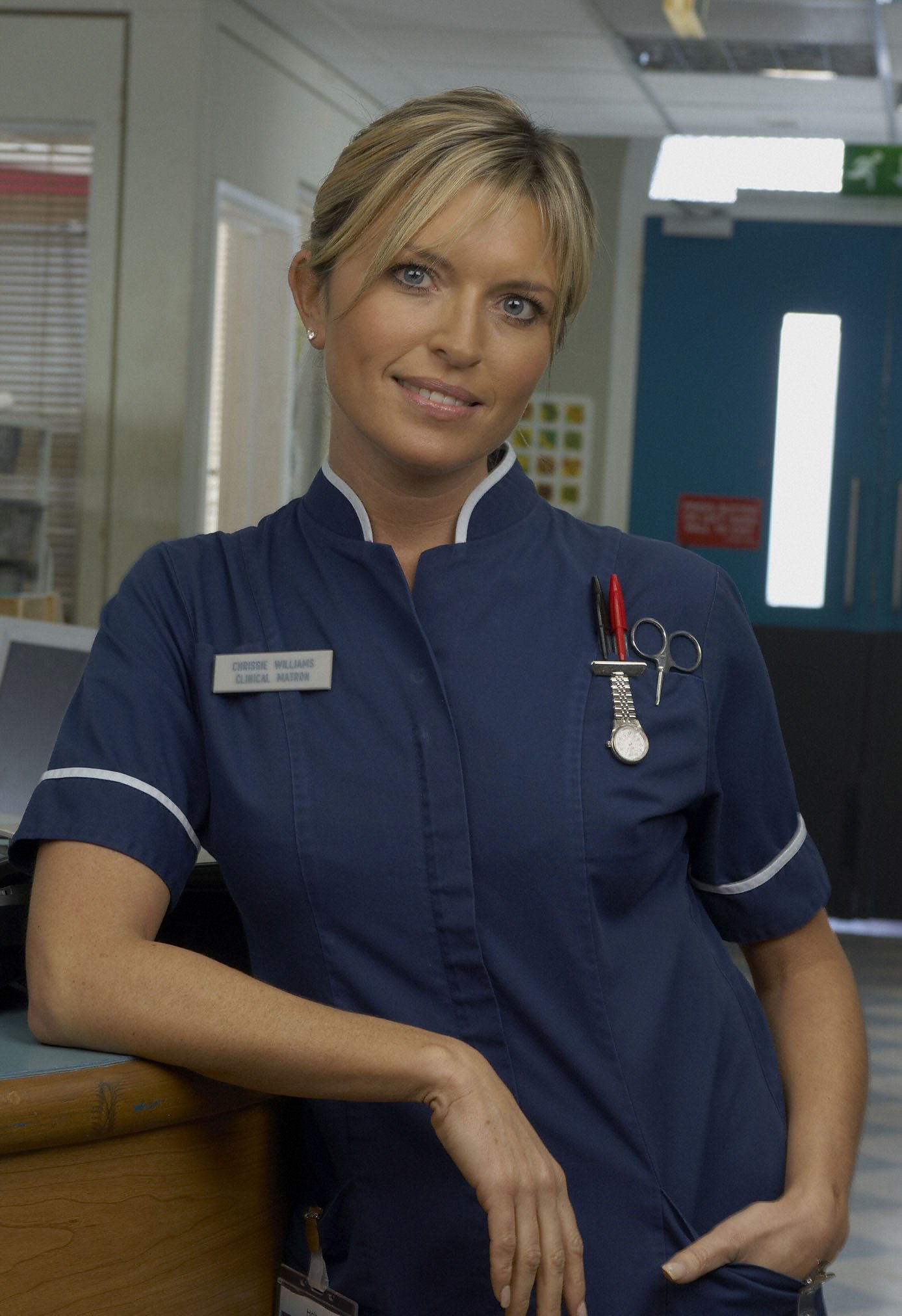 Tina Hobley On Chrissie S Baby News Holby City What