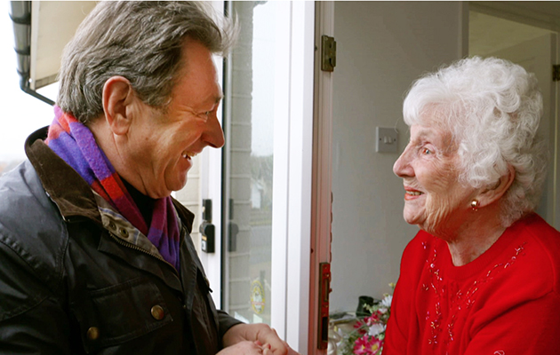 Love Your Garden - Alan Titchmarsh with life-long fundraiser Betty Hicks