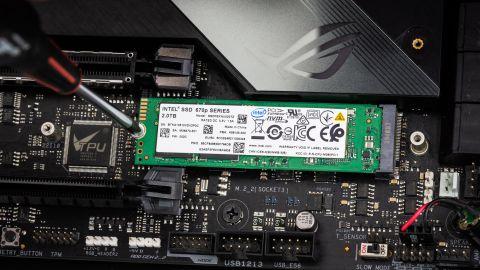 Intel SSD 670p