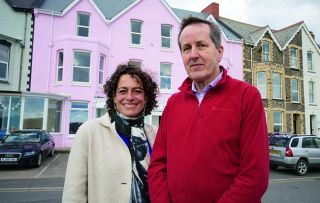 Alex Polizzi returns to the seafront Atlantic House Hotel in Bude.