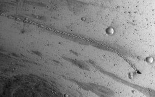 Boulder trail on Mars