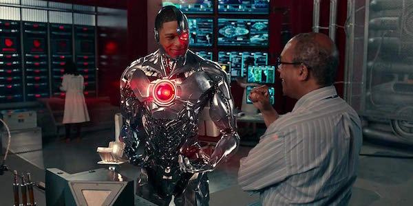 Ray Fisher Explains Why Cyborg S Solo Movie Hasn T Come Together