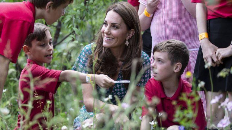 Duchess of Cambridge accessorize earrings
