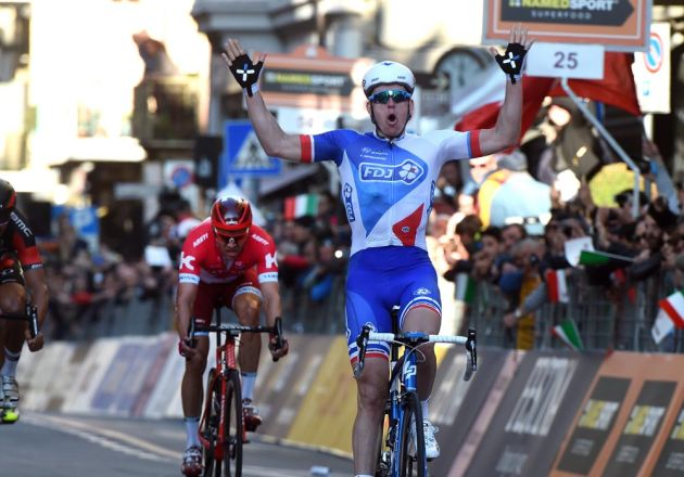 Arnaud Demare wins the 2016 Milan-San Remo