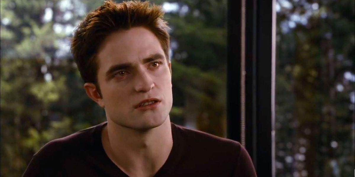 Robert Pattinson as Edward Cullen in Twilight Breaking Dawn Part 1