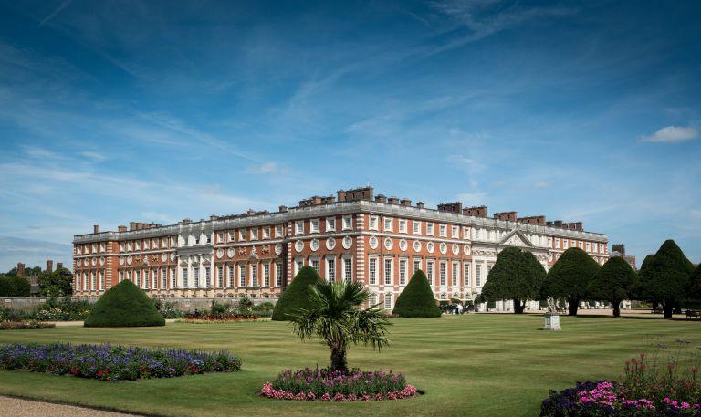 Royal garden tips, lawn at Kensington Palace, Hampton Court Palace lawn