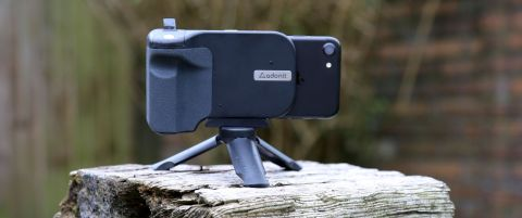 Adonit PhotoGrip Qi review | Digital Camera World