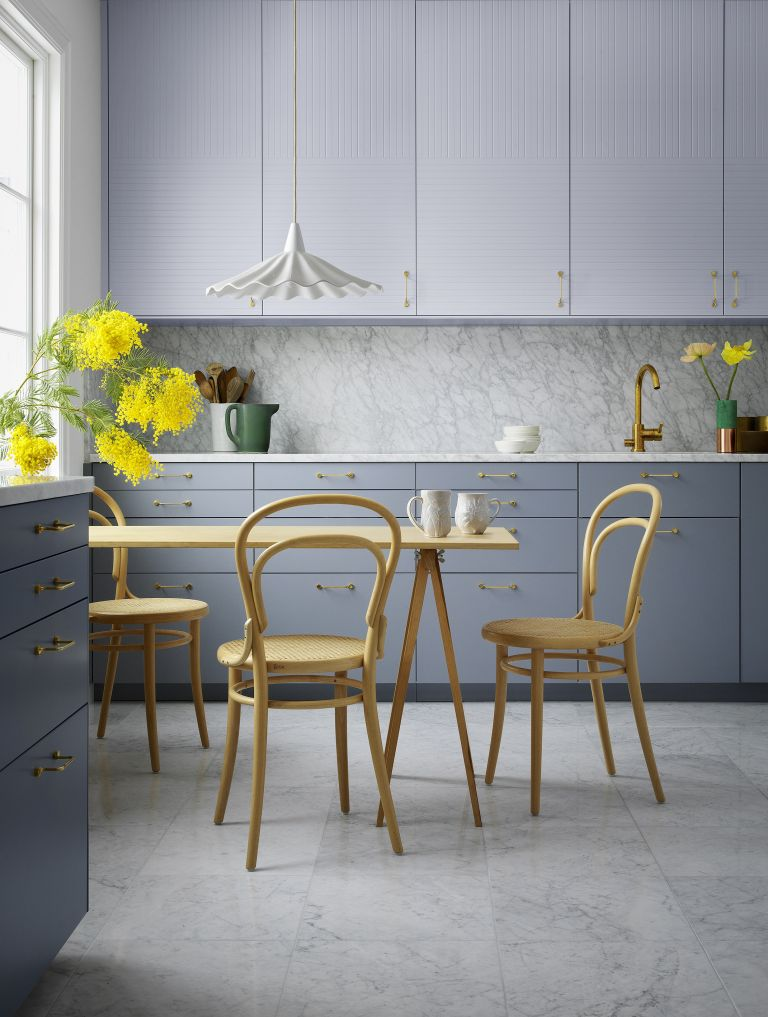 Wall Colour Inspiration: 17 Kitchen Paint Ideas For 2019