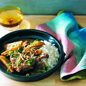 This lovely slow cooker duck massaman curry recipe is perfect if you're entertaining