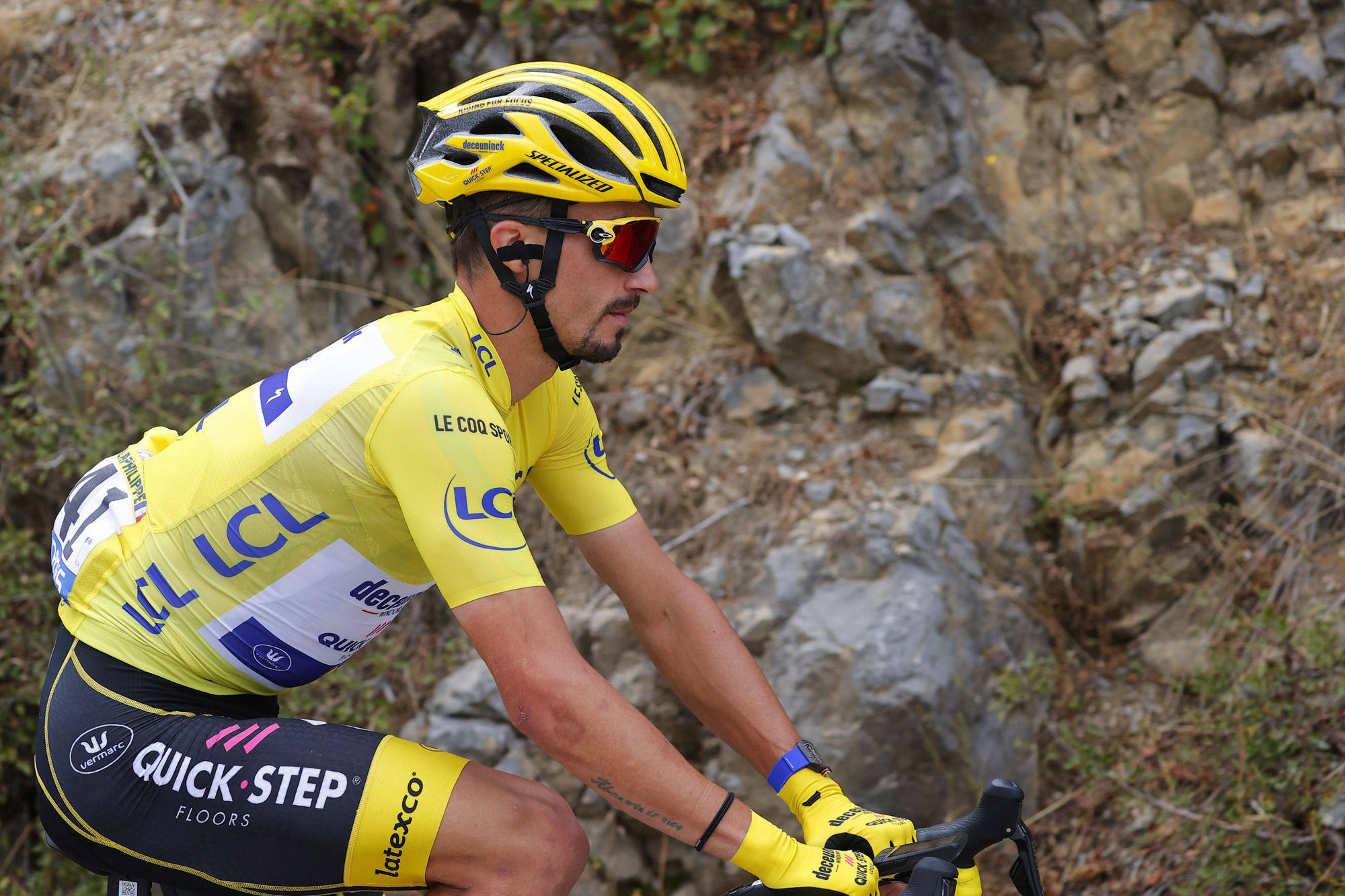 Deceuninck-QuickStep's Julian Alaphilippe easily held on to his leader's yellow jersey for another day on stage 3 of the 2020 Tour de France, finishing safely in the main bunch in Sisteron