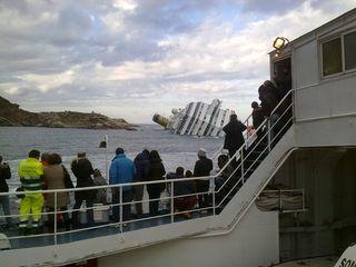 The sinking cruise ship Costa Concordia