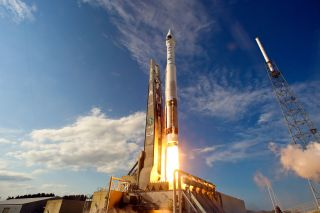 A ULA Atlas 5 rocket launches the U.S. military's SBIRS GEO-2 missile defense satellite into orbit from Florida on March 19, 2013.