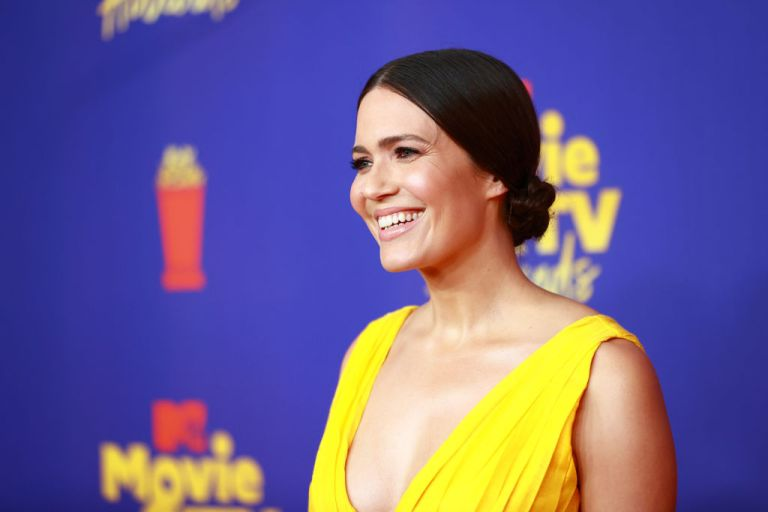 Mandy Moore in a yellow dress