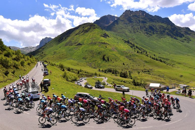 Peloton of the Route d'Occitanie 2021 climbing the Col du Tourmalet
