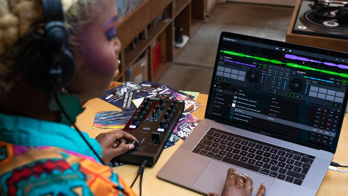 NI releases Traktor DJ 2, the free app that's designed to