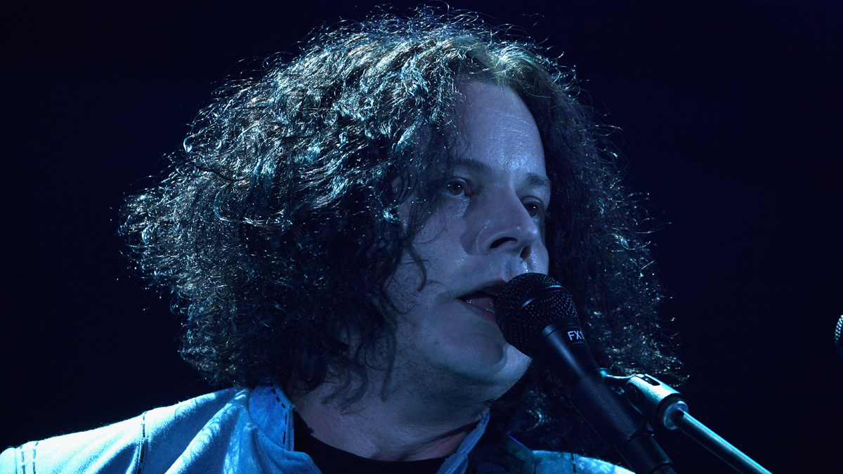 Jack White set up a 'pirate radio station' just to mix from his car