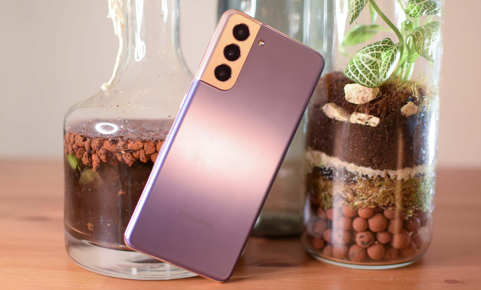 best samsung phones: Samsung Galaxy S21