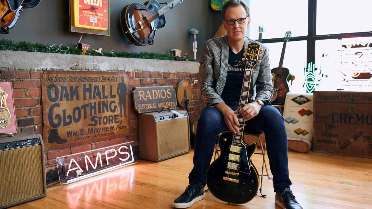 "Watch Joe Bonamassa unveil his signature Epiphone Les Paul Custom ""Black Beauty""on Gibson TV"