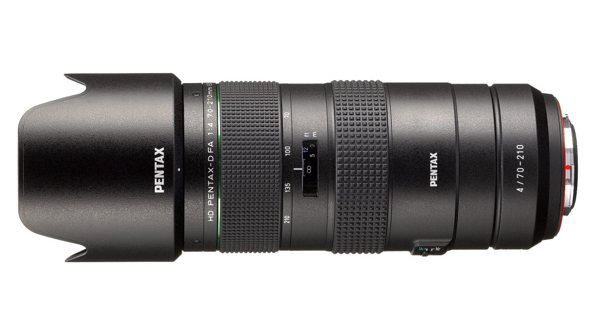 Pentax adds affordable 70-200mm f/4 telezoom to its DSLR lens arsenal