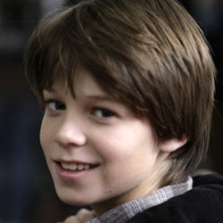 Colin Ford Cast As Matt Damon S Son In We Bought A Zoo